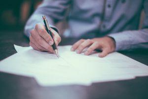 Arbeitsrecht und Arbeitsvertrag